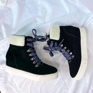 Steve Madden Sherpa lined sneakers